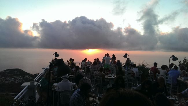 rachi restaurant at sunset (2)