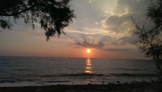 sunset at katerina restaurant near kathisma beach